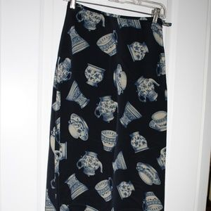 Long skirt with tea cups and teapot motif